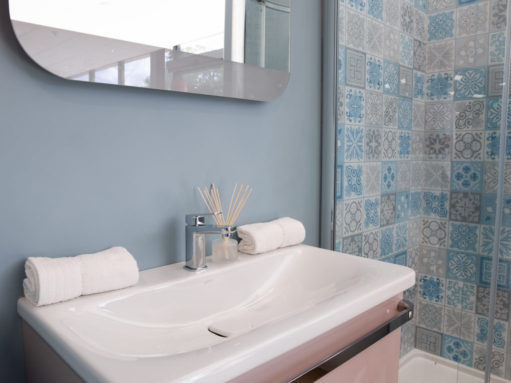 Swell Dream Bathrooms Southampton Pc Building Supplies Download Free Architecture Designs Embacsunscenecom